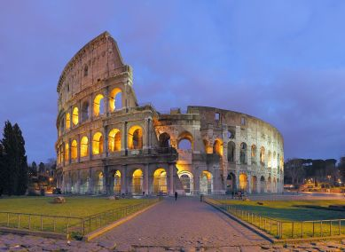 ro10_img_2339-img_2388_coliseum_at_night